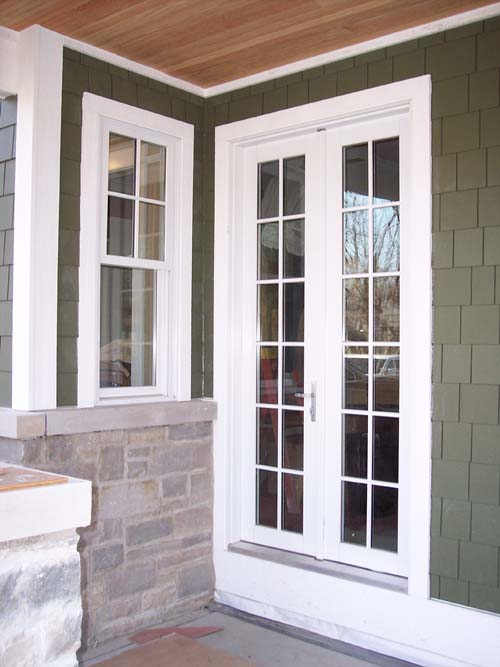 Double hung window photo gallery classic windows inc for Double hung interior closet doors