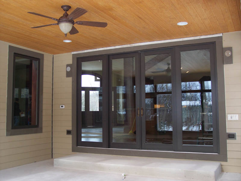 Sliding patio door photo gallery classic windows inc for Small sliding glass patio doors